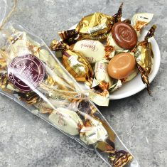 Sahne- & Schokolade-Bonbons im Spitzbeutel