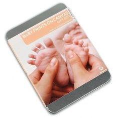 Babys erste Fußabdrücke auf Leinwand