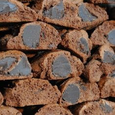 Cantucci - Du' biscotti con cioccolato