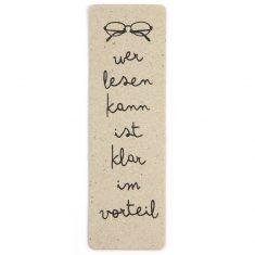Lesezeichen aus Pappe - Wer lesen kann, ist klar im Vorteil.
