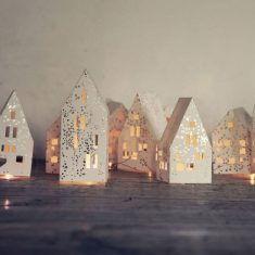 Winter Haus Lichterkette Grau